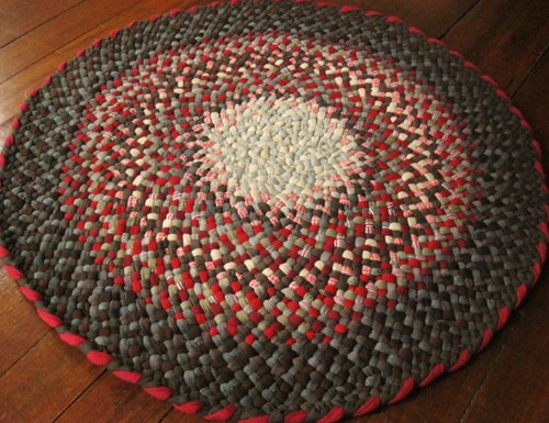 Red Brown Braided Round Rug