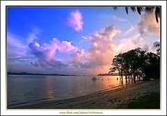 Sunrise (Ericbronson's Photography) Tags: nature sunrise canon interesting singapore pasir ris 40d