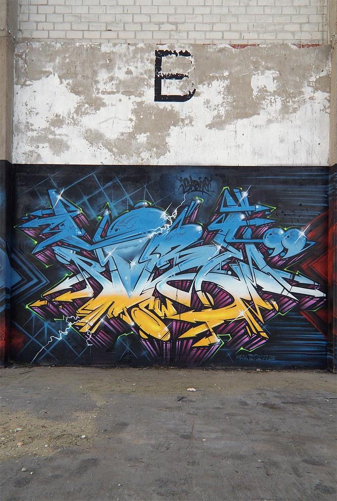 tobe77-02s
