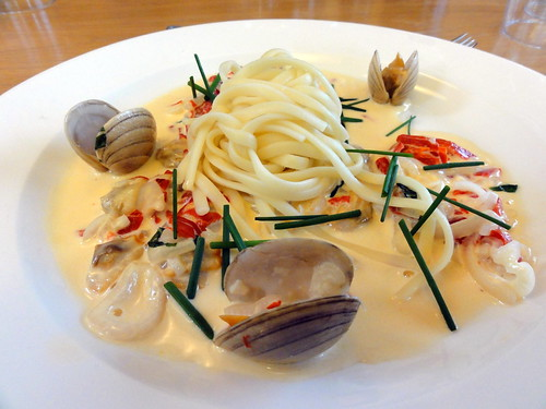 clams with linguine