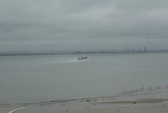 Hovercraft - 5 (tame_alien) Tags: uk sea england unitedkingdom isleofwight solent spinnakertower hovercraft ryde