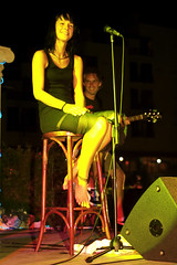 christina strmer (all female barefoot musicians) Tags: feet nude stage nackt barefoot fsse bhne barfuss sngerin