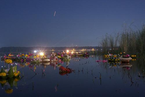 22/11/10: Loi Krathong 2010