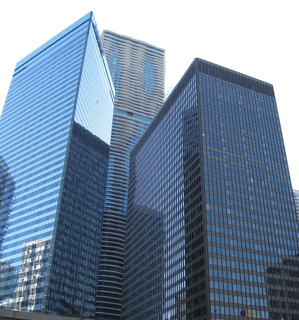 Chicago River views: The Aqua building