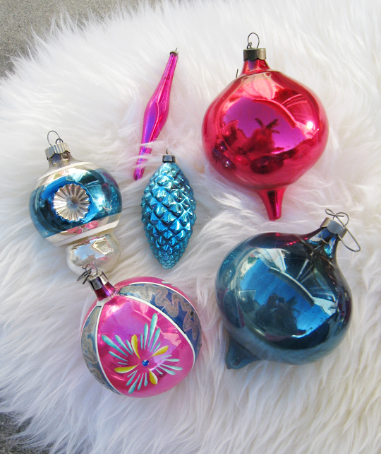 vintage christmas tree ornaments pink and blue
