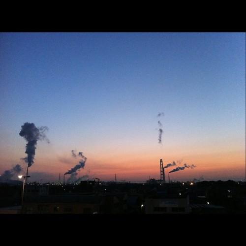 四日市の朝焼け