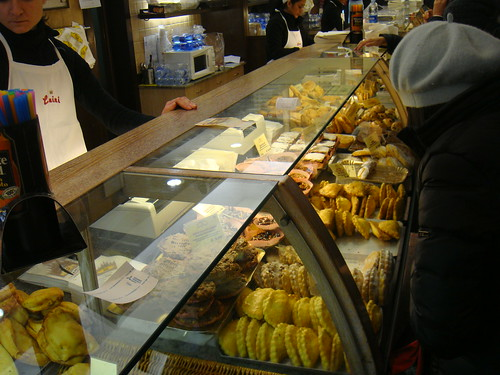 Mostrador con opciones en dulce y salado