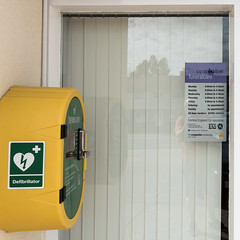 You Can Never Be Sure (Number Johnny 5) Tags: irony d750 nikon purple defibrillator urban device green yellow tamron 2470mm health gorleston sign medical norfolk death