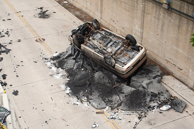 destroyed cars electric Transformers 3