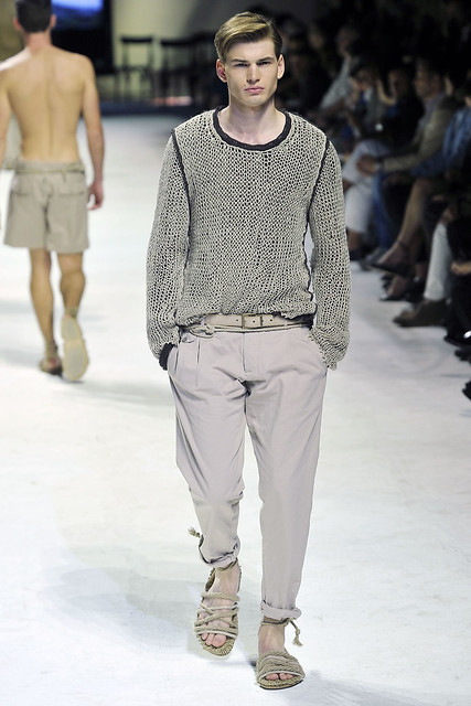 Felix Schopgens3041_SS11_Milan_Dolce&Gabbana(VOGUEcom)