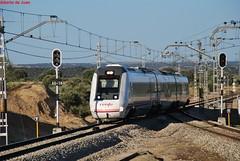 Pasando el tiempo... (Indespe) Tags: madrid trenes md diesel regional vía 599 vías ffcc