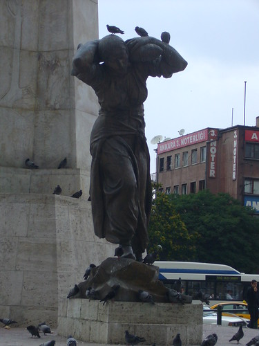 P1040781 Ankara, Ulus meydani