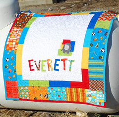 A little elephant for Everett (traceyjay) Tags: baby quilt kona 2629 traceyjay 60blocksofsummer aldotozippy