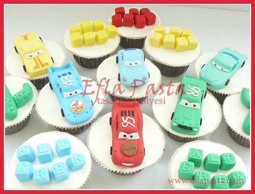 mc queen cupcake