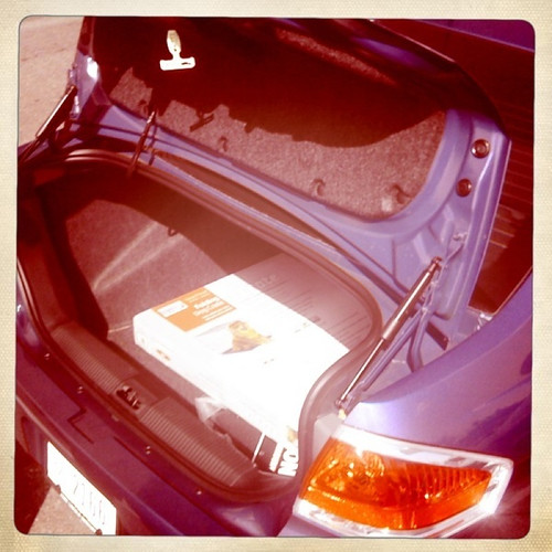 ford focus trunk image