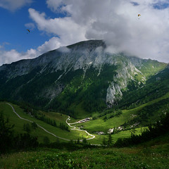 A Bird's eye view is just reserved to a couple paragliders (Bn) Tags: lake germany bavaria berchtesgaden topf50 meadows topf300 kings fjord hikers paragliding thealps paraglider topf100 topf200 paragliders dreamcatcher verticalpanorama rayoflight topf400 hanggliders 100faves 50faves 200faves nationalparkberchtesgaden jennerbahn 300faves berchtesgadennationalpark alpinemountains jennermountain 400faves cloudsinthemountains germanbavarianalps southofgermany schnauamknigssee mountjenner berchtesgadenalps formedbyglaciers nearborderwithaustria jennermountaintop1870m picturesquesetting sheerrockwalls steeplyrisingflanksofmountainsupto2700m hikingtrailsupthesurroundingmountains royalmountainexperience thebreathtakingalpinemountainsoftheknigssee 1874mhigh mountjennercablecar cliffyrocks