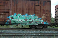 Ides (A & P Bench) Tags: train bench graffiti stock canadian graff railfan freight rolling ihp freighttrain ides fr8 benching freightgraffiti freighttraingraffiti