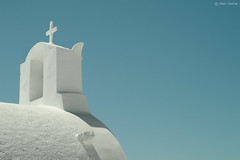 White on Blue (Ben Heine) Tags: travel windows roof summer wallpaper art church architecture poster photography focus whitewalls energy village turquoise famous faith religion bluesky bleu santorini greece enjoy simplicity dome dreamy abstraction t copyrights simple volcanicisland pure discovery glise fentre grce depth minimalist oia cyclades vibration dme clich christianism aegeansea whiteonblue theartistery puret creativecomposition benheine cultureheritage jesuscross cleargreen flickrunited samsungnx10 benheinecom