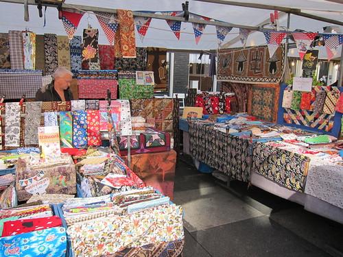 Hobby Fabric Stand