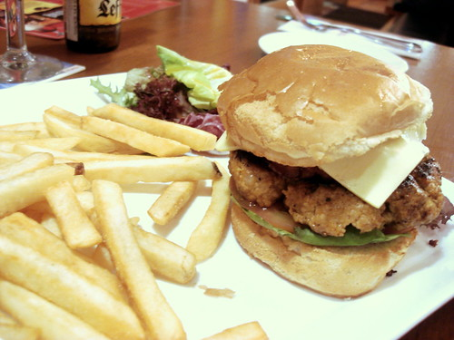 brussels jaya one - pork burger 2