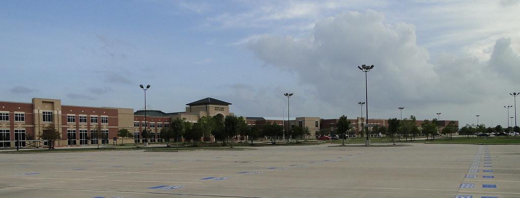 Seven Lakes High School, Katy, TX McGlawn 9/9/10.jpg