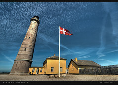 Skagen Lighthouse (Explore) (PetterPhoto) Tags: blue sky lighthouse yellow denmark nikon flag bricks explore nikkor hdr skagen 1024 fyrtrn kattegatt d300s petterphoto nofk