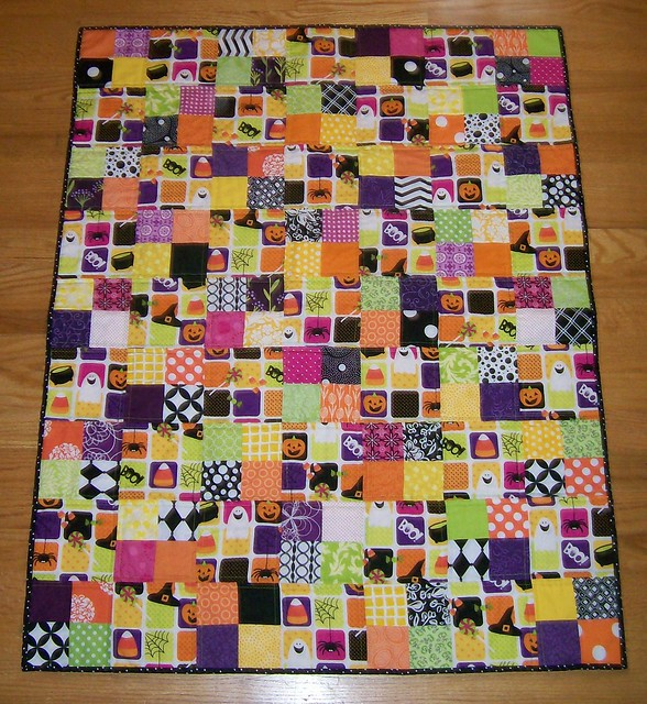 holiday halloween quilt