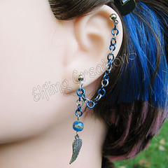Blue and silver cartilage chain earring - Skyswimmer's Wing