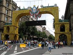 Zcalo 2010_02 (Image chaser) Tags: mxico canon mexico mexicocity df mexique bicentennial mexiko distritofederal bicentenario canons5is