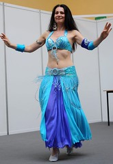 Belly dancer (LeszekZadlo) Tags: portrait woman girl dance costume dancing bellydancer dancer arabic bellydance bauchtanz retrado