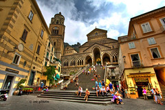 Duomo di S. Andrea - Amalfi (gilmolm) Tags: sky italy cloud scale church photoshop canon lemon stair italia nuvole campania wideangle stairway chiesa cielo duomo arco limone hdr amalfi limoncello lightroom sandrea scalinata 10mm tonemapping canoneos450d canoneosdigitalrebelxsi canoneoskissx2 duomodisandrea gilmolm mygearandmepremium mygearandmebronze canonefs1022mmf3545is
