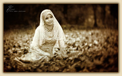Golden Moment Of Bride (AquariusVII) Tags: hijab