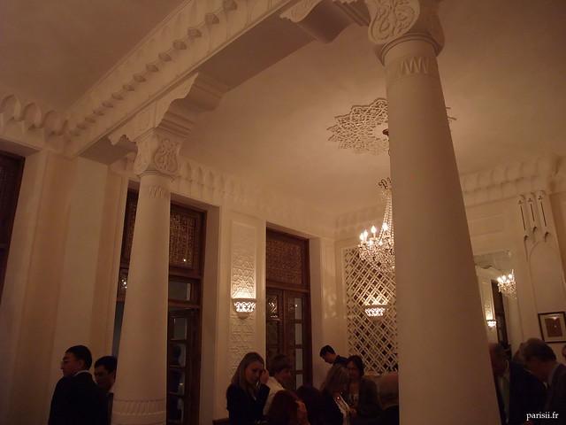 Très beaux piliers, décorés juste ce qu'il faut