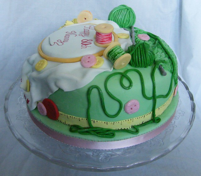 Sewing and knitting cake