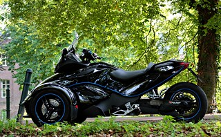 BRP Can-Am Spyder RS Roadster / Arcen