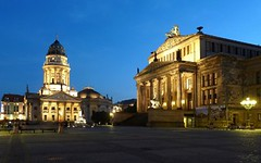 Gendarmenmarkt Square Berlin, Germany - Deutschland (Sir Francis Canker Photography ) Tags: plaza trip travel blue panorama cold west berlin muro history tourism beautiful wall skyline germany square landscape deutschland nice twilight puerta gate war europa europe dusk euro guerra landmark visit icon tourist east charlie reichstag rda hour reagan vista nocturna alemania tor visiting mur allemagne brandenburg gdr icono berliner germania thatcher mauer checkpoint jahre lucena fria gendarmenmarkt reunification arenzano  mitterand fredda branderburger   sirfranciscankerjones   tz10   zs7 piazzaparvis pacocabezalopez