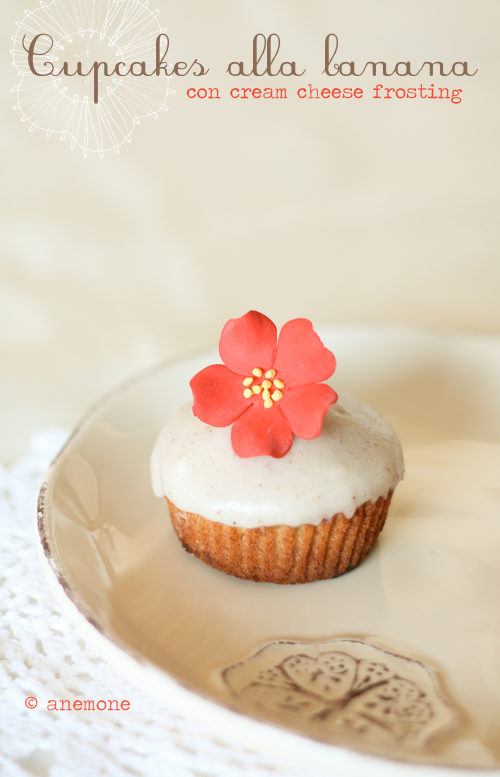 Cupcakes alla banana con cream cheese frosting