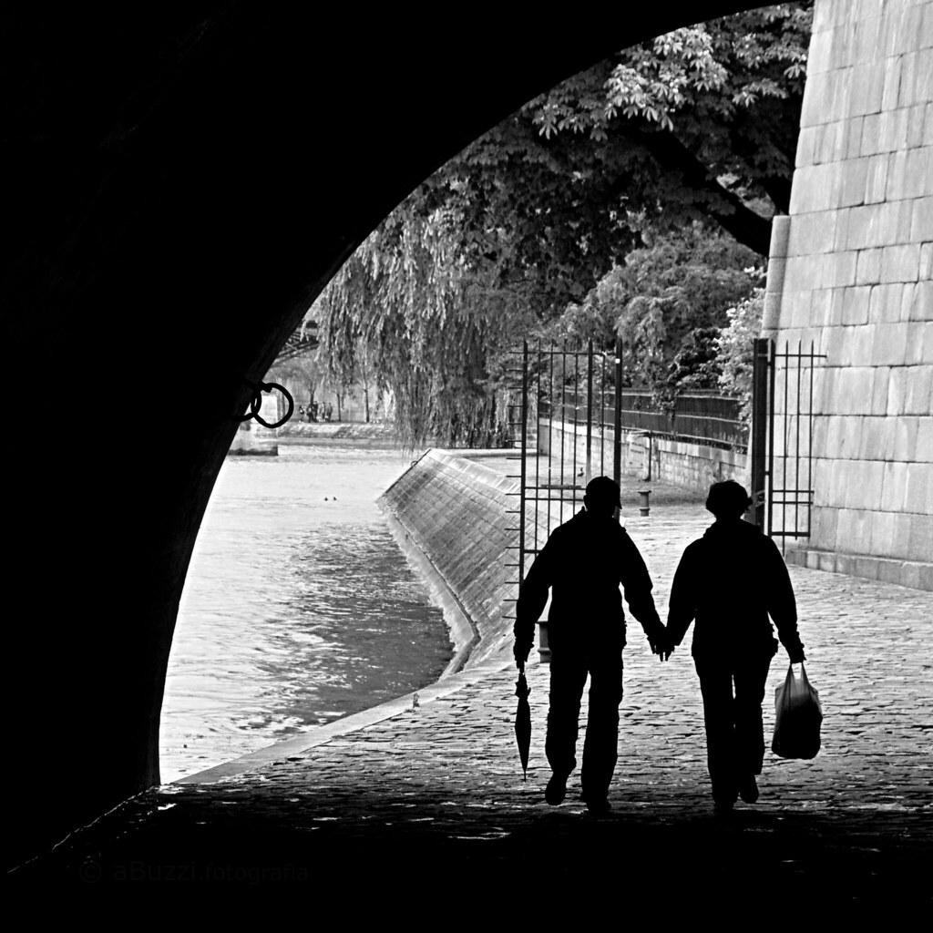 par la rive de la Seine