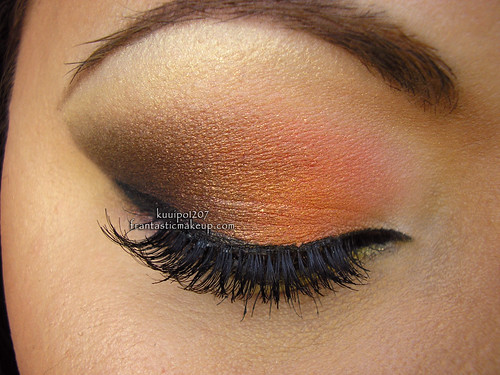 Fall Inspired Arabic Smoky Eyes Closeup