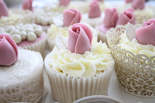 Dusky rose cupcakes by Cotton and Crumbs