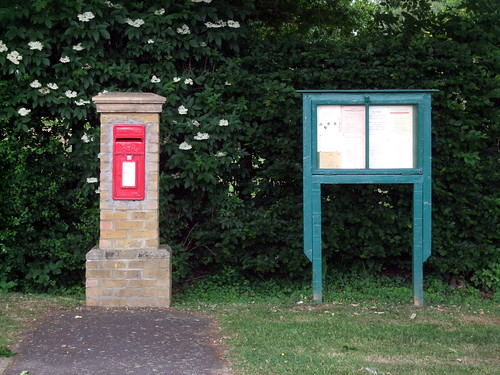 postboxnoticeboard-worrmleywestend