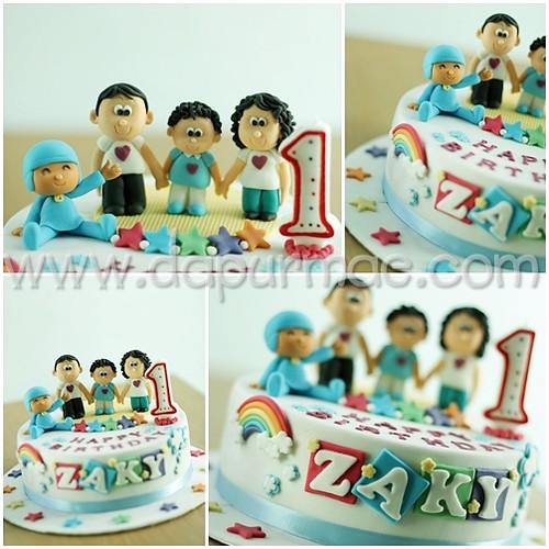 Pocoyo & Family Cake