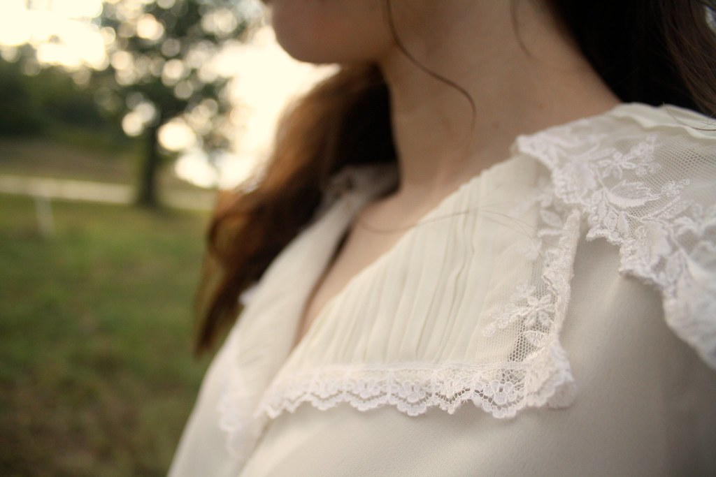 blooming leopold fall lookbook - ivory lace blouse