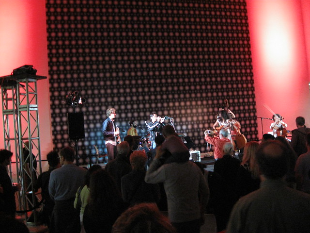 Friday night at the deYoung