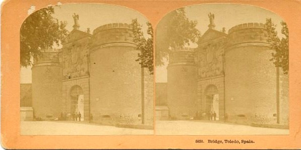 Puerta de Bisagra de Toledo hacia 1895. Fotografía estereoscópica de B. W. Kilburn