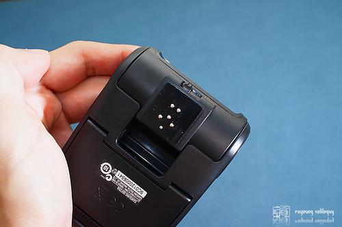 Samsung_NX10_flash_16