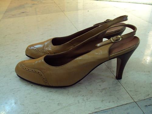 Caramel Vintage Heels