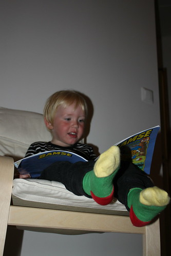 Läsa bamse för de yngsta