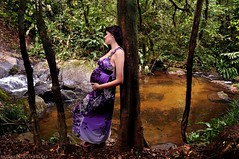 She Loves Nature (Anderson Sutherland) Tags: life new wood trip travel woman tree nature water girl gua forest ensaio photography book photo waterfall model day dress image song earth natureza mother bank son pregnant adventure lorenzo vida stockphotos terra floresta cachoeira rvore mata me trilhas strobe sons grvida strobist cactusv2