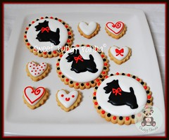 Scottie Cookies (Sweet Pudgy Panda) Tags: red dog white black hearts cookie royal sugar icing scottie sweetpudgypanda